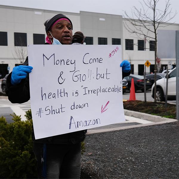 Huelga en Amazon: los trabajadores del almacén de Staten Island se plantan